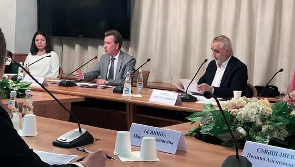 Проблемы ветеринарии обсудили в Госдуме