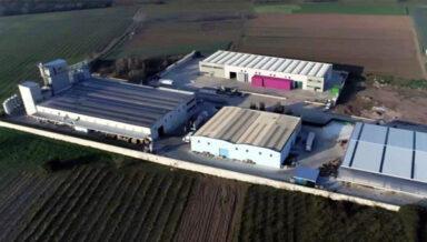 Поставщик кормов и товаров для ухода за животными из Италии перестраивает свой завод