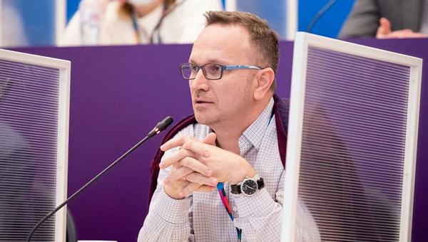 Алексей Ермаков защитил проект ветеринарной ординатуры в школе управления «Сколково»